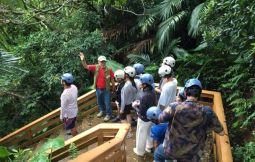 「【久米島】ヤジヤーガマ探検[洞窟探索と島の歴史探求学習]」のサムネイル画像